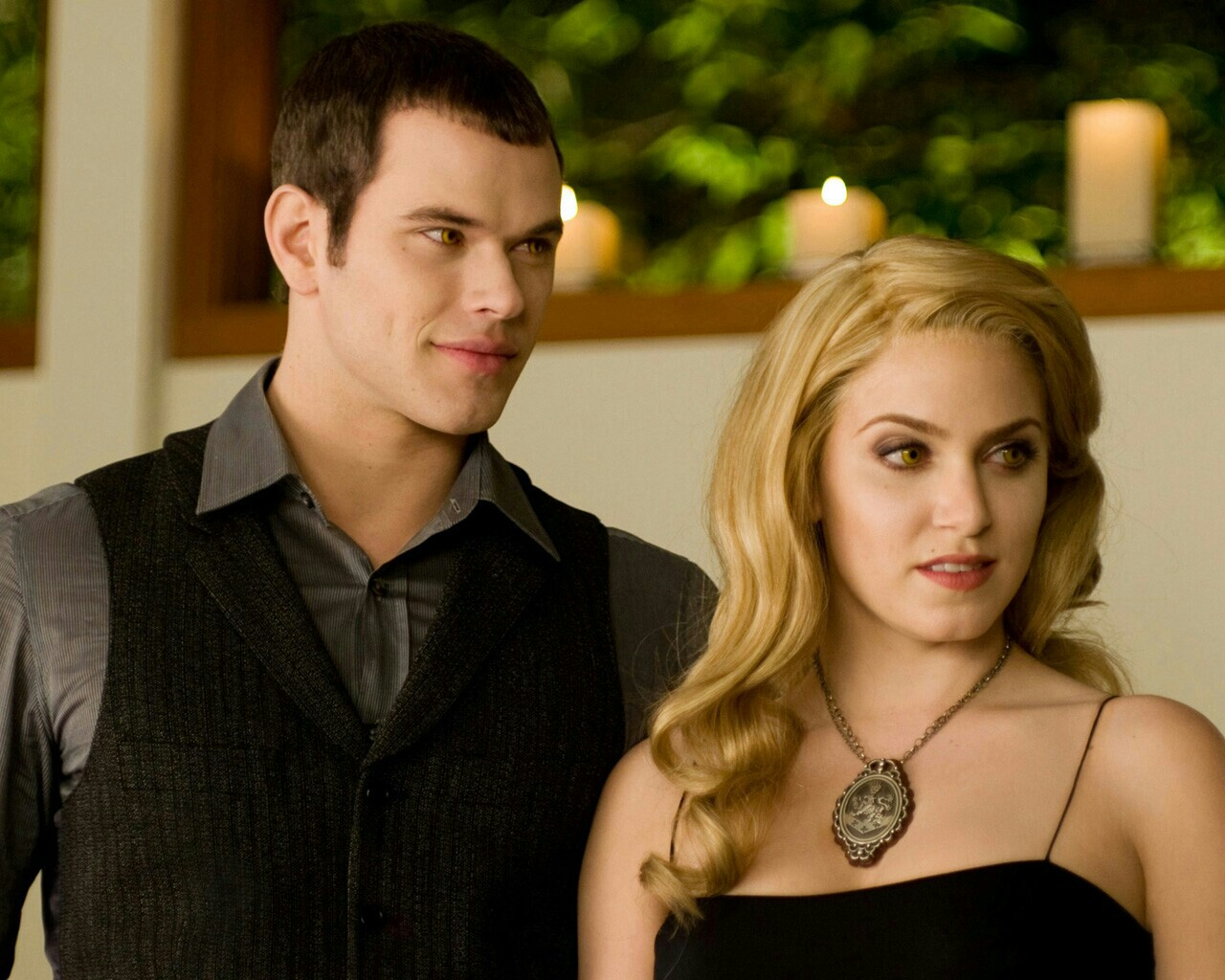 the cullens amp hales twilight couples photo 34179453
