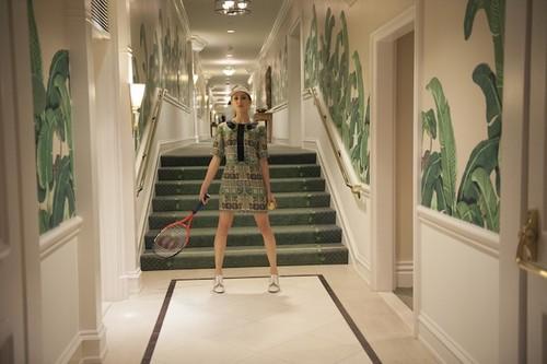 Troian モデル for Rachel Antonoff