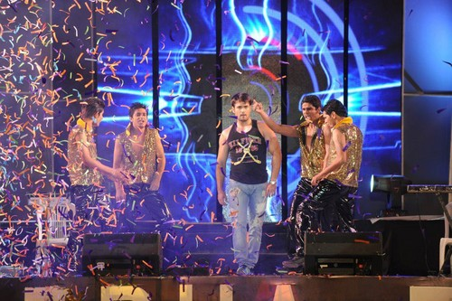 Vivian Dsena fond d'écran containing a concert entitled Vivian Dsena