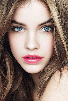 Barbara Palvin wallpaper possibly with a portrait called Barbie