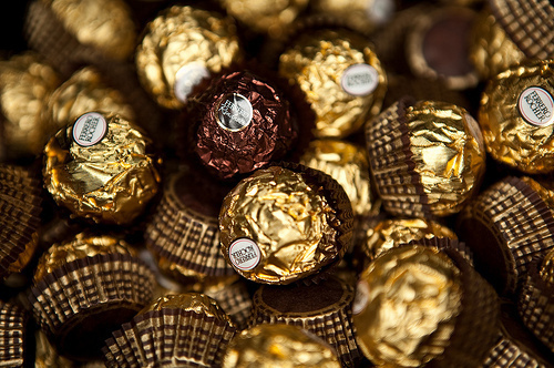 Chocolate wallpaper entitled chocolates