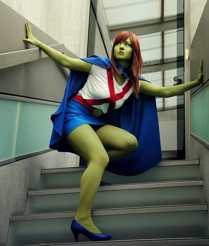 cosplay miss martian