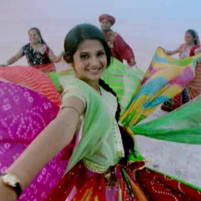 Saras & Kumud HOT SCENE - Saraswatichandra romance - Video