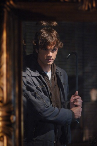 1x05 '' Bloody Mary''