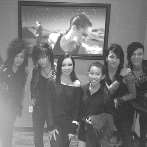The Dennis WestTower Spot wallpaper possibly containing a street, a business suit, and a well dressed person entitled <3<3<3<3<3Andy,Ash,Jake & Jinxx with fans<3<3<3<3<3