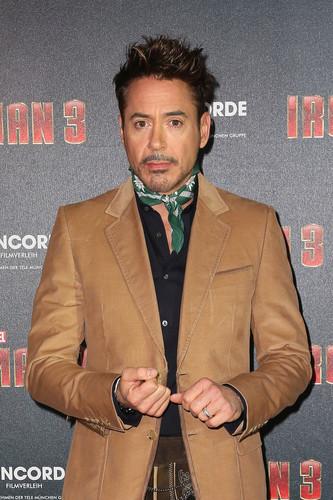 'Iron Man 3' picha Call