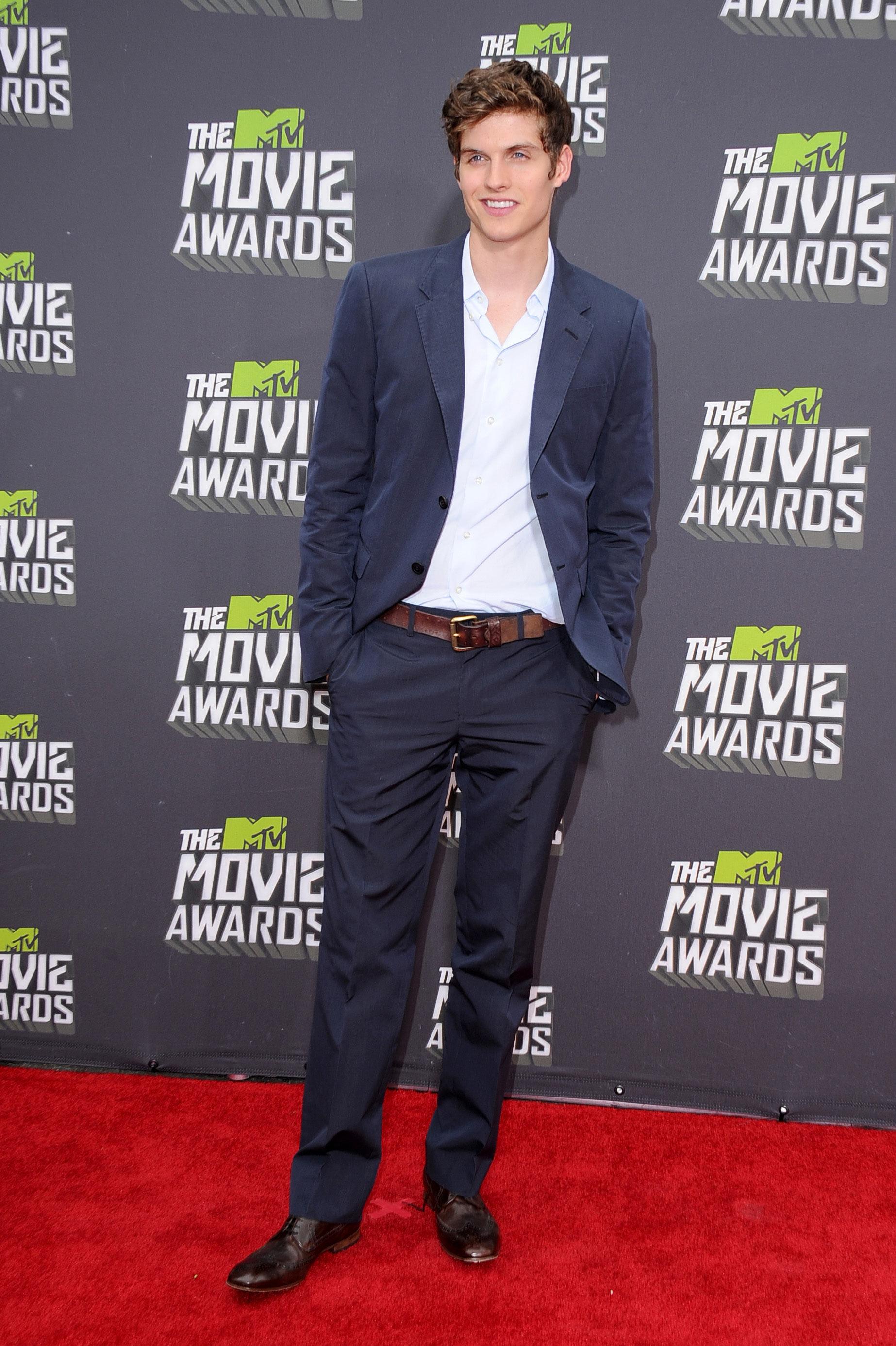 2013 엠티비 Movie Awards - Arrivals