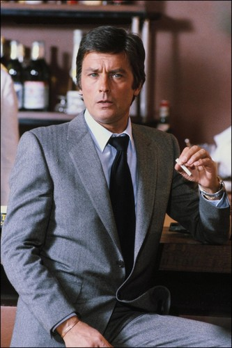 알랭 들롱 바탕화면 containing a business suit, a suit, and a two piece titled Alain Delon