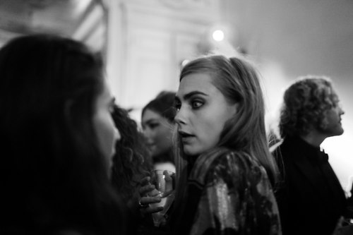 Cara Delevingne Обои probably with a portrait called Cara♥