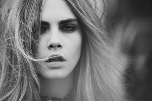 Cara Delevingne Hintergrund possibly containing a portrait titled Cara♥