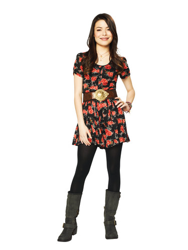 iCarly वॉलपेपर possibly with a hip boot and an outerwear called Carly