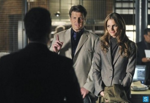замок - Episode 5.23 - The Human Factor - Promotional фото