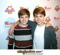 Dylan and Cole Sprouse - the-sprouse-brothers photo