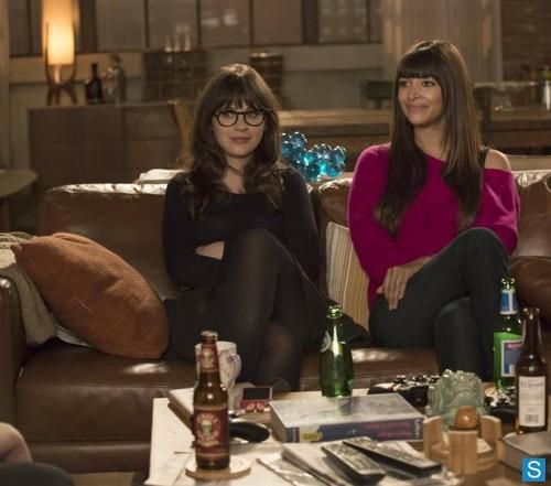 "Episode 2.23 ""Virgins"" - Promotional Fotos"