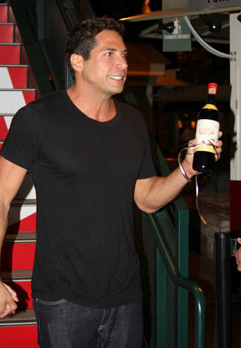 Joe Francis at Mixology 101 Event