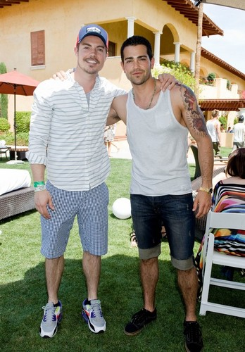 Josh Henderson wallpaper entitled Josh Henderson and Jesse Metcalfe - Coachella 2013