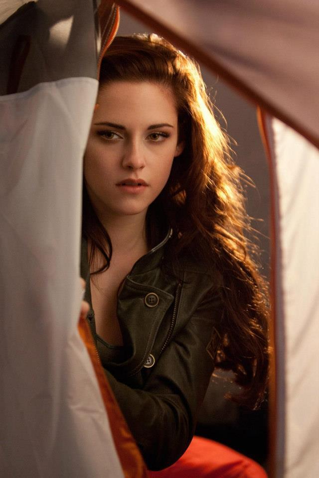 Kristen Stewart as Bella Swan/Cullen images K-Stew, Bella HD wallpaper ...