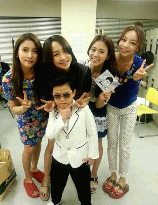 KARA & Hwang Min Woo