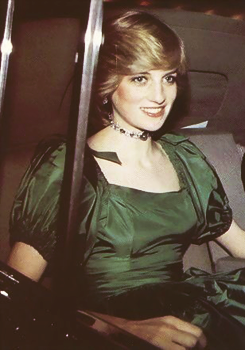 Prinzessin Diana Hintergrund titled Lady Diana~♥♥