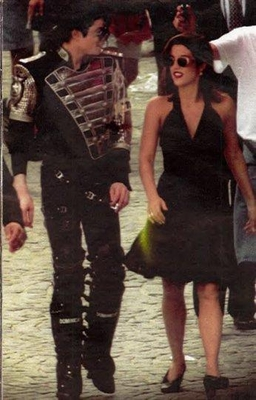 Michael And First Wife, Lisa Marie Presley - Michael ...