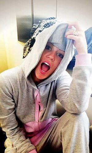Miley twerking