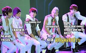 Nu'est kertas dinding probably with a ballplayer and a fielder titled NU'EST Macros