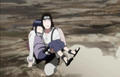 Neji carries Hinata bridal style