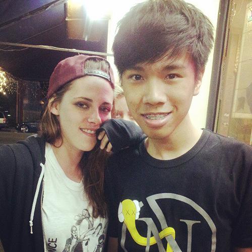 New Fanpic of Rob and Kristen at Coachella (13th April 2013)