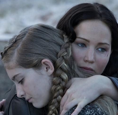 Katniss Everdeen wallpaper called New official 'Catching Fire' movie still