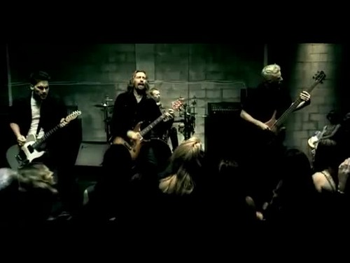 Nickelback - How u Remind Me {Music Video}