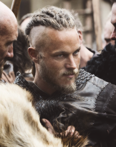 vikings (serial tv) wallpaper entitled Ragnar Lothbrok