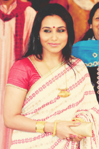 rani mukherjee wallpaper probably with a portrait called Rani