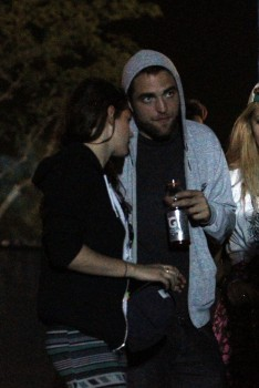 Rob and Kristen at Coachella (13/4/13)