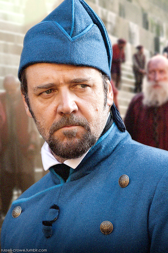 Russell Crowe movie still from Les Miserables