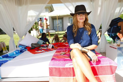 Stana Katic fond d'écran with a living room, a drawing room, and a bedroom titled Stana Katic | LACOSTE LIVE 4th Annual Desert Pool Party