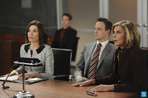 The Good Wife - Episode 4.22 - What's in the Box? - Promotional Photos