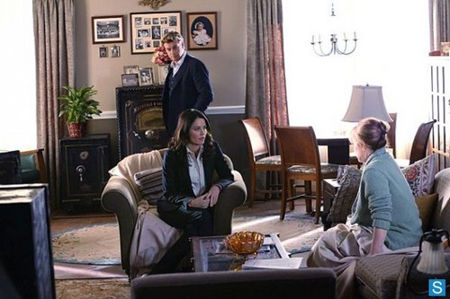 The Mentalist - Episode 5.21 - Red And Itchy - Promotional fotografias