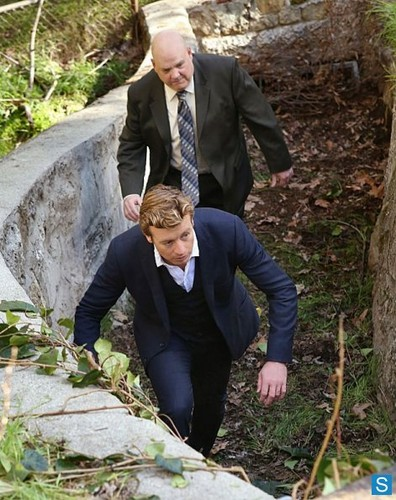 The Mentalist - Episode 5.21 - Red And Itchy - Promotional foto-foto