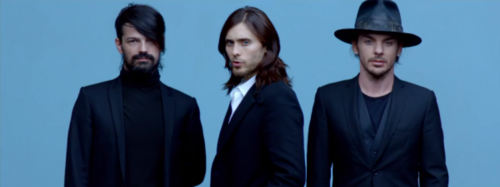 Thirty secondes To Mars – Up In The Air: Tomo Miličević, Jared Leto, Shannon Leto