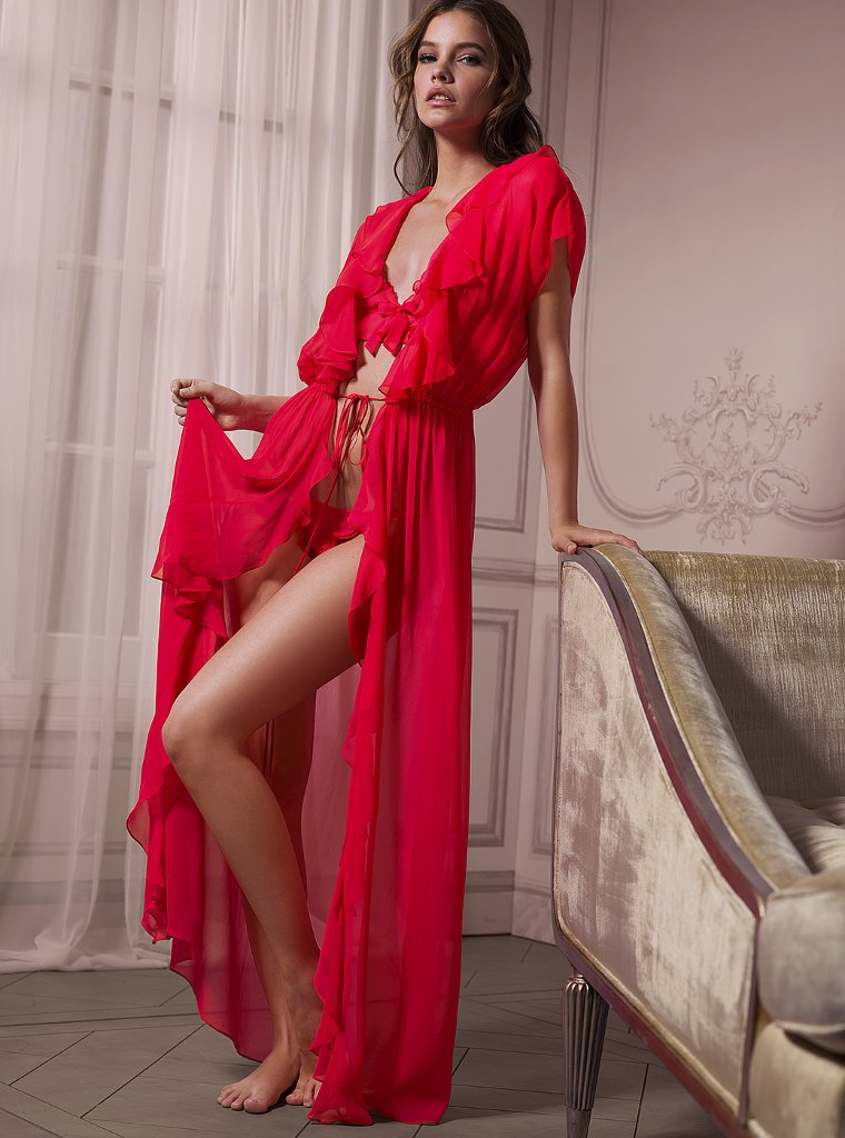 Victoria's Secret 《内衣少女》 May 2012