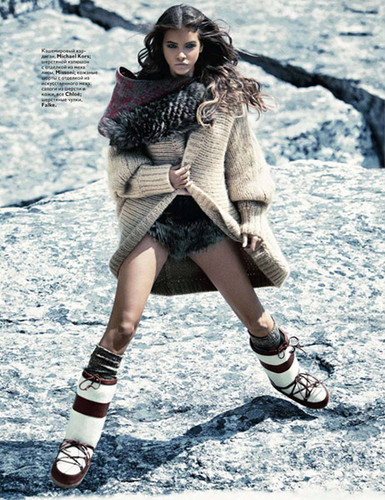 Vogue Russia Issue: November 2010