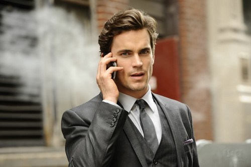 Matt Bomer Hintergrund containing a business suit, a suit, and a three piece suit entitled matt bomer