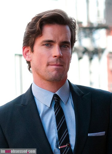 Matt Bomer Hintergrund with a business suit, a suit, and a nadelstreifen titled matt bomer