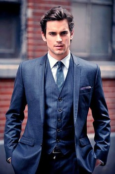 ম্যাট বোমার দেওয়ালপত্র with a business suit, a suit, and a double breasted suit called matt bomer