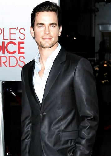 Matt Bomer fond d'écran containing a business suit, a suit, and a three piece suit titled matt bomer