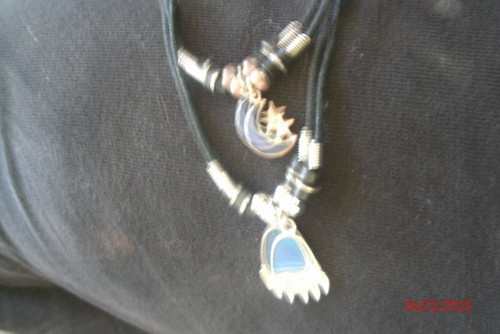 the медведь claw mood ожерелье my hubby bought me