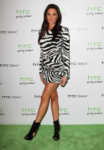 """HTC STATUS SOCIAL"" LAUNCH EVENT"