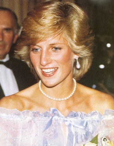 Princess Diana~♥ ♥