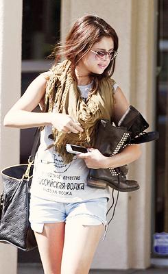 ♥ Selena Gomez ♥