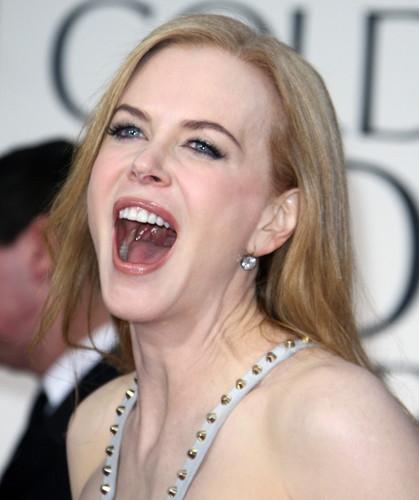 Pelakon wanita kertas dinding with a portrait titled Nicole Kidman